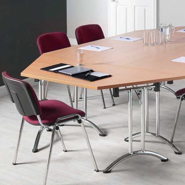 Fast Track Modular Tables