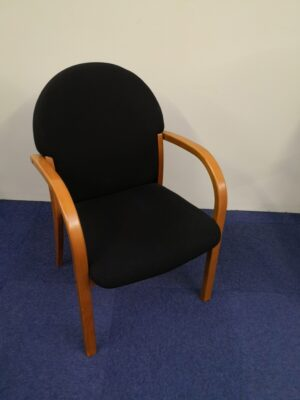 Black meeting chair with wooden legs and arms