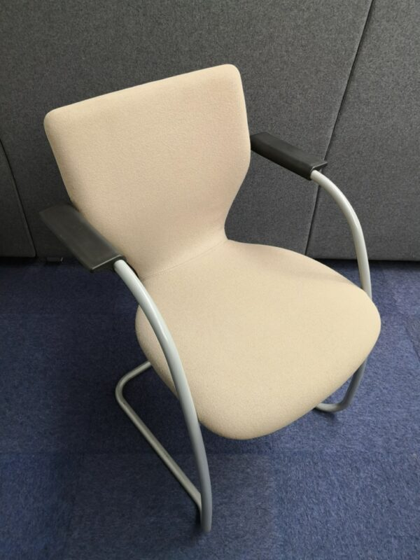 beige Cantilever meeting chair with arms