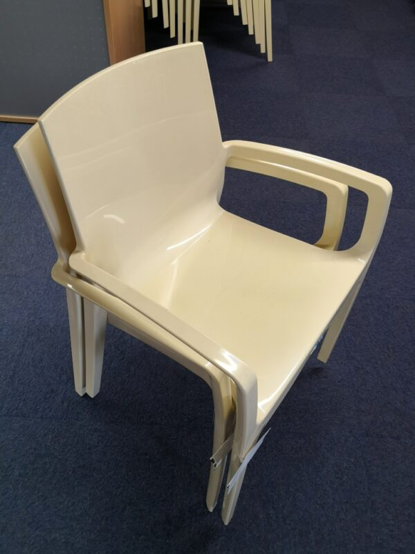 Cream polyprop chair canteen chair with arms - used