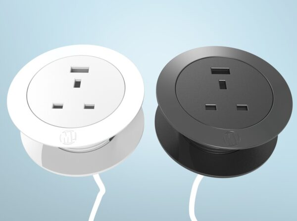 Solo desktop power plug and USB - black and white side by side