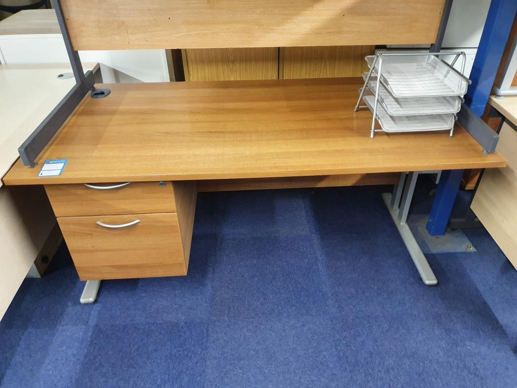 1600 Desk with Fixed PEd