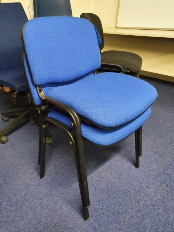 blue flipper chair